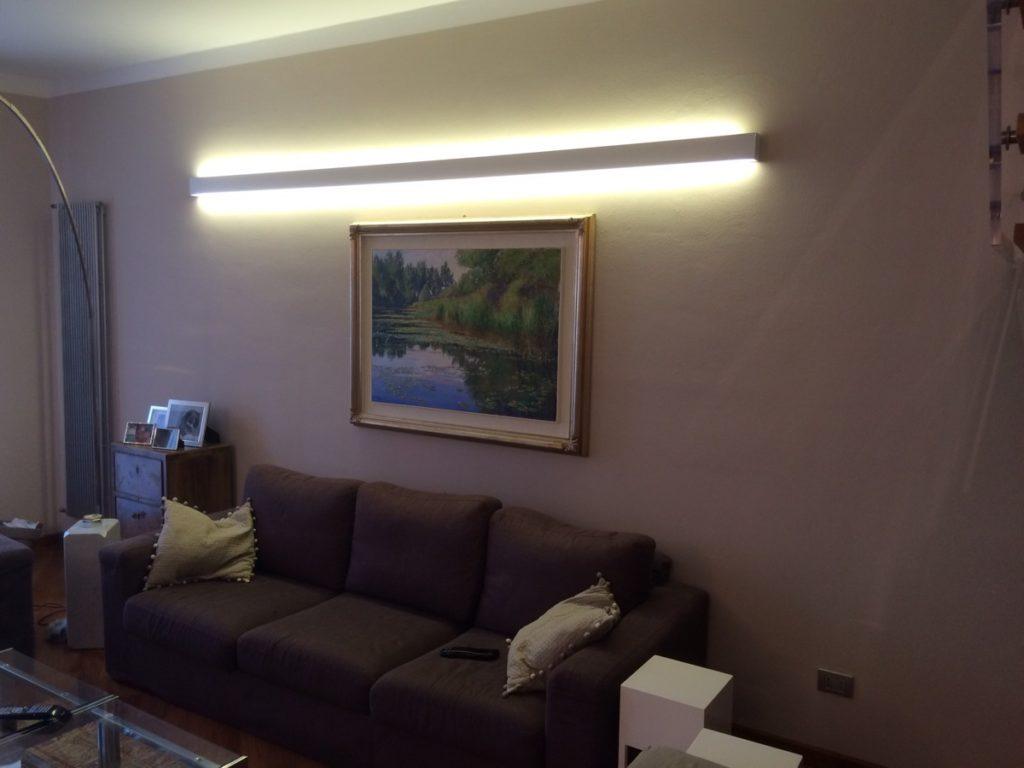 Elegant condividi with luci casa for Luci al led per casa