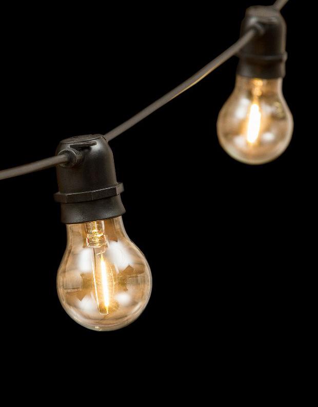 Catena luminosa da esterno lombardi lampadari for Lampadine led e27 da esterno